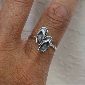 Jewelry - 👣👣NEW👣👣 Sterling Silver Flip Flop Ring, Shoes